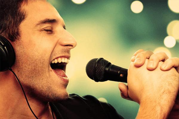 5 روش برای داشتن صدای بهتر در خوانندگی